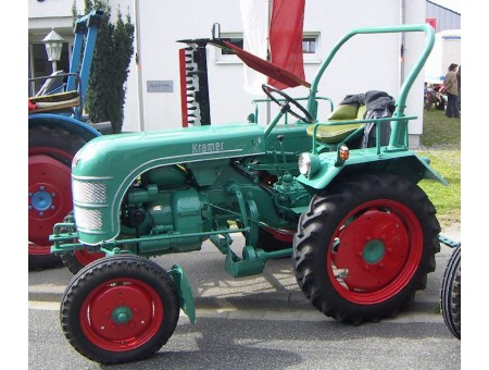 Трактор KRAMER